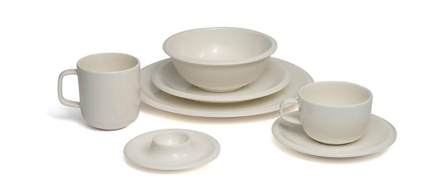 Raami white pottery